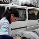 От ОУ В.Левски - Плевен, дариха зимни дрехи и обувки на децата от социален  комплекс